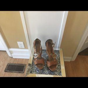 Women's designer heels Tan